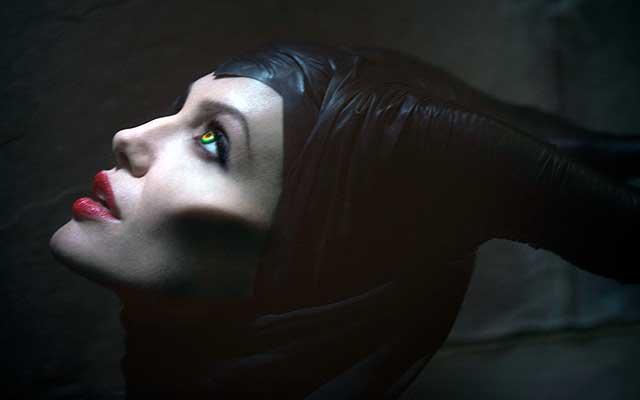 Maleficent-La-bande-annonce-teaser-de-Maléfique-avec-Angelina-Jolie-en-VO-et-VF