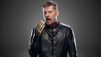 jaime-is-also-keeping-with-the-black-theme-though-his-golden-hand-should-be-remade-as-silver-if-he-really-wants-to-match-200x113